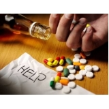 clínica para dependentes químicos involuntário